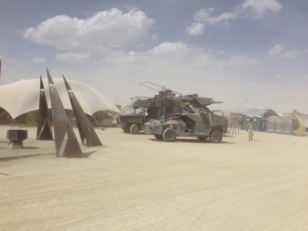 Another example of Mad Max-like architecture.